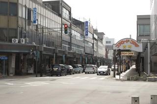 近くの商店街.jpg